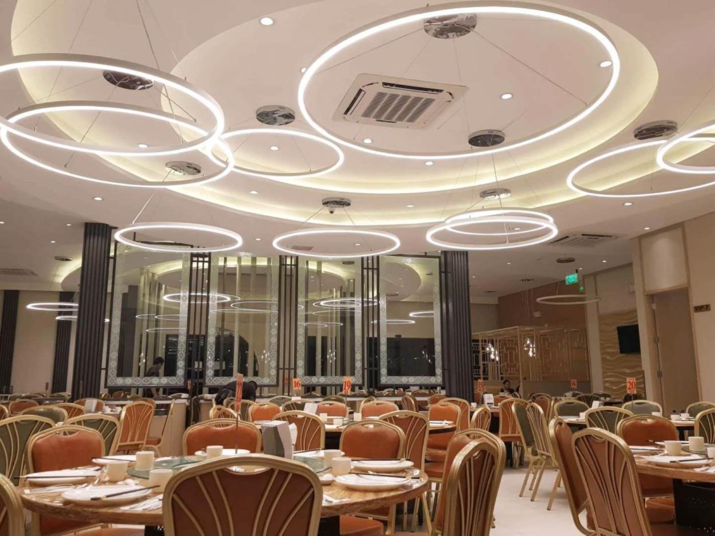 Restaurant Ring Light-1 copy